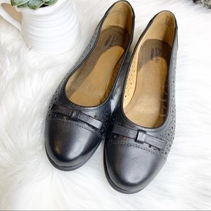 CLARKS COLLECTION Black Leather Cutout Flats 8.5